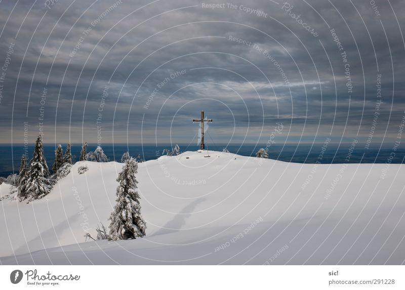 Halb_und_halb Natur blau Ferien & Urlaub & Reisen weiß Einsamkeit Winter Wolken Landschaft Ferne Berge u. Gebirge kalt Schnee grau Religion & Glaube Eis