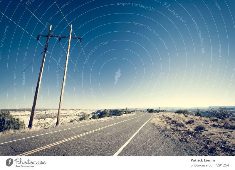 Further On Natur Einsamkeit Landschaft Umwelt Straße Wege & Pfade Freiheit Freizeit & Hobby Energiewirtschaft Verkehr Tourismus Zukunft Telekommunikation Technik & Technologie einzigartig Kontakt