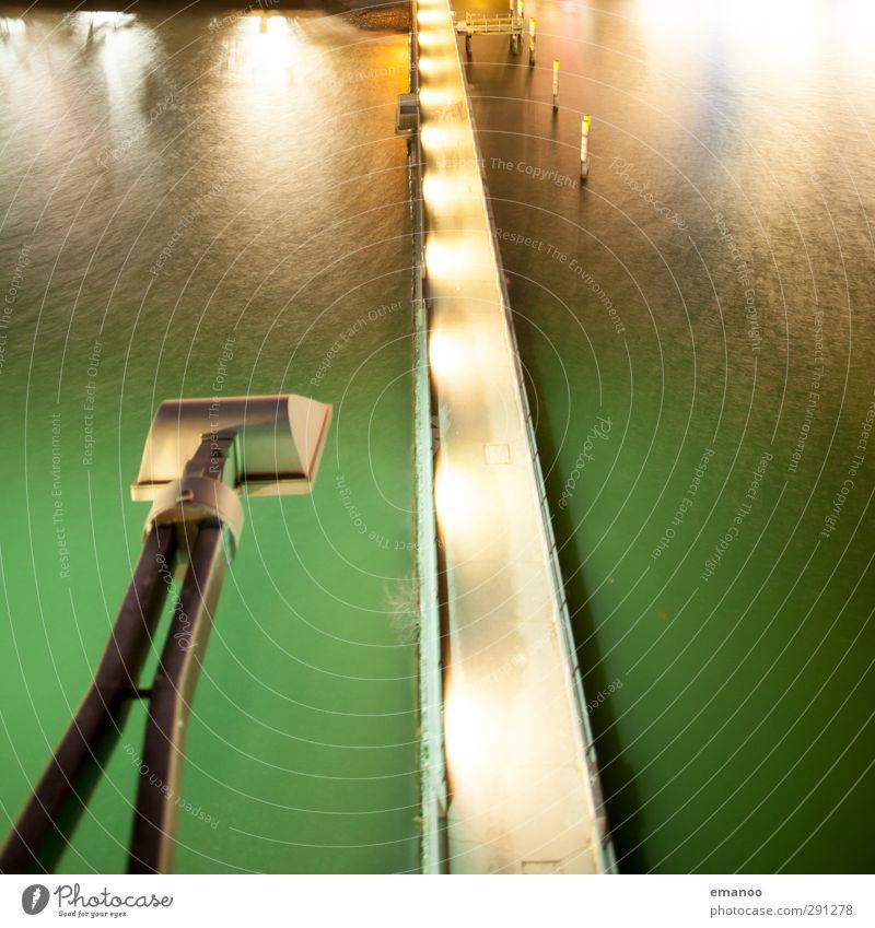 Lichtbrücke Ferien & Urlaub & Reisen Ausflug Technik & Technologie Wasser Wellen Küste Meer See Turm Leuchtturm Fußgänger Straße Brücke Schifffahrt Kreuzfahrt