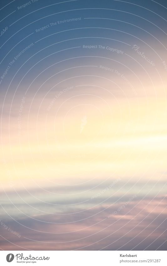 Ewigkeit im Hochformat Ferne Freiheit Himmel Wolken Sonnenaufgang Sonnenuntergang Sonnenlicht Wetter Luftverkehr Zufriedenheit Bewegung einzigartig Energie