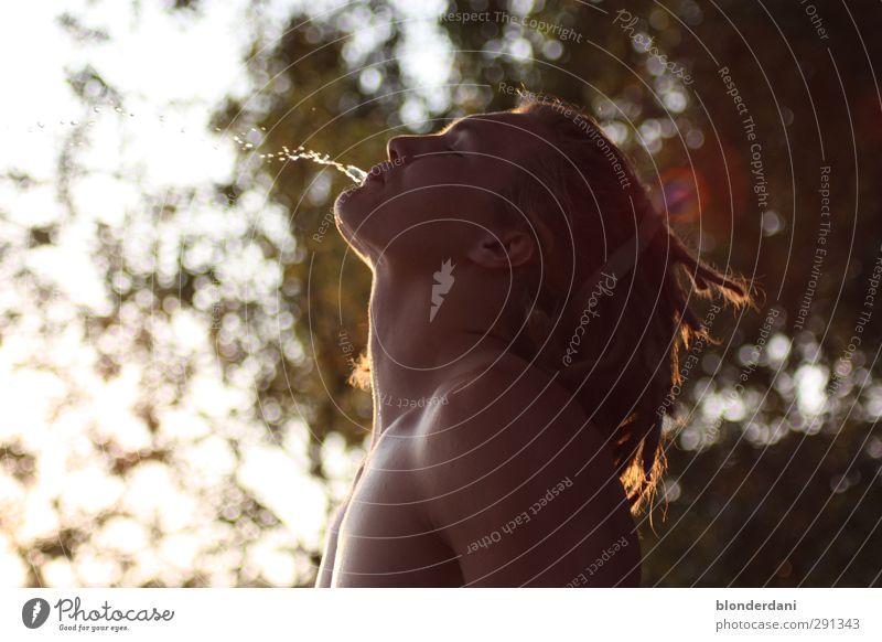 junger wasserspeier Erfrischungsgetränk Trinkwasser Fitness Sport-Training maskulin Jugendliche Kopf Haare & Frisuren Brust 1 Mensch 18-30 Jahre Erwachsene