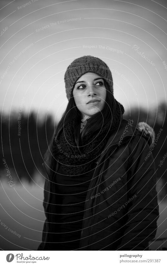 Rückblick (II) Mensch Junge Frau Jugendliche Erwachsene Leben Körper 1 18-30 Jahre Natur Landschaft Herbst Schönes Wetter Jacke Schal Mütze Gefühle Stimmung