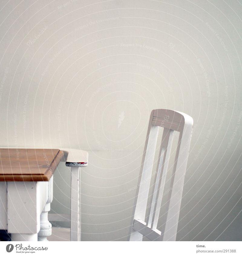 Glück und Selig schön Erholung ruhig Wand Mauer Glück Feste & Feiern Freundschaft Raum authentisch ästhetisch Tisch Freundlichkeit Wellness Stuhl Gelassenheit