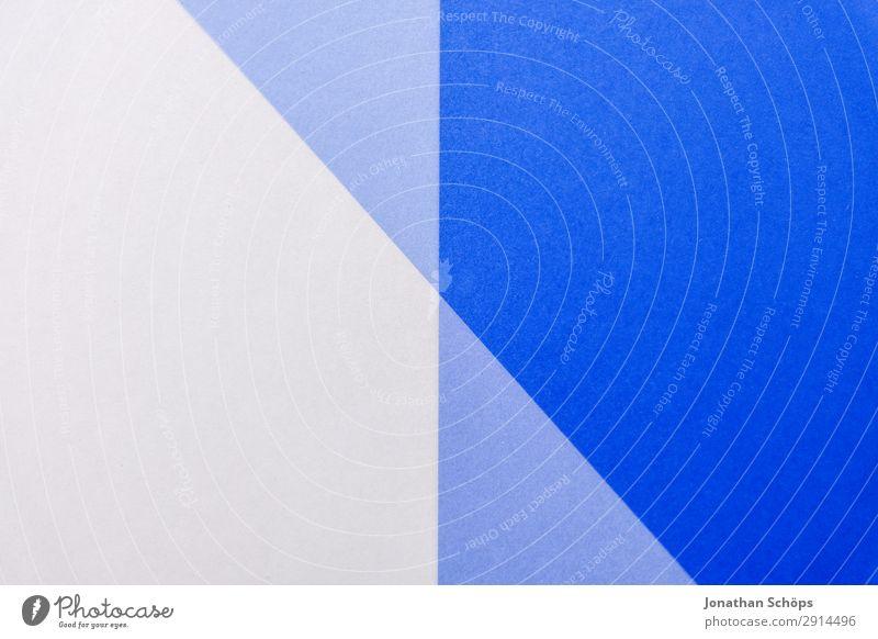 grafisches Hintergrundbild aus Buntpapier Basteln Papier einfach blau weiß flach Geometrie graphisch Entwurf minimalistisch Karton Textfreiraum Doppelbelichtung