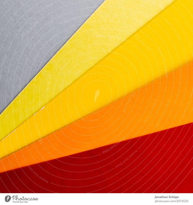 grafisches Hintergrundbild aus Buntpapier Basteln Papier einfach gelb grau orange rot flach Geometrie graphisch Entwurf minimalistisch Karton Textfreiraum Farbe