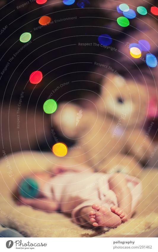 Lalelu Mensch feminin Baby Kindheit Leben Fuß 1 0-12 Monate Gefühle Stimmung Freude Glück Fröhlichkeit Zufriedenheit Lebensfreude schlafen Teddybär