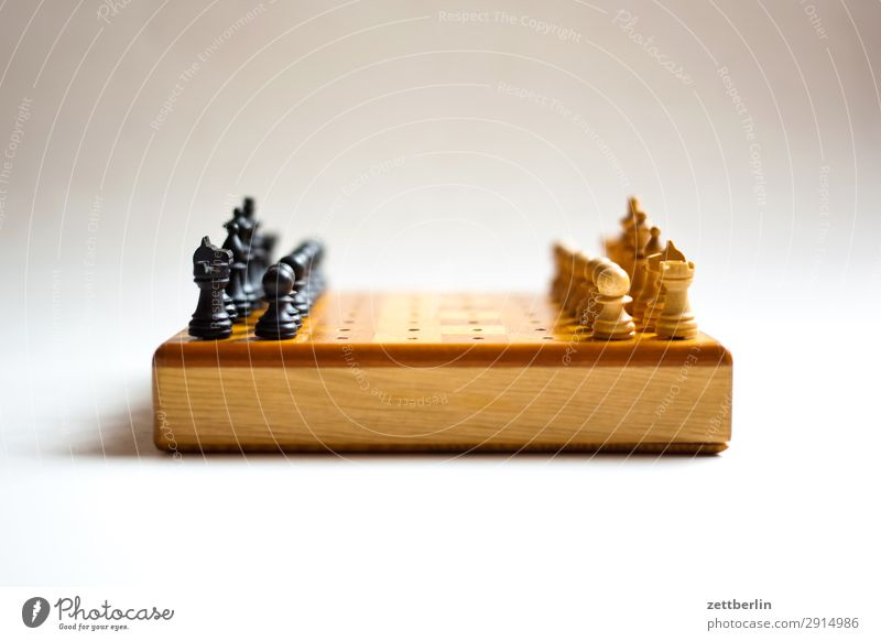 Schach weiß schwarz Spielen Beginn Turm Landwirt kämpfen Läufer Spielfigur König Anordnung Schachbrett Schachfigur Gegner Brettspiel