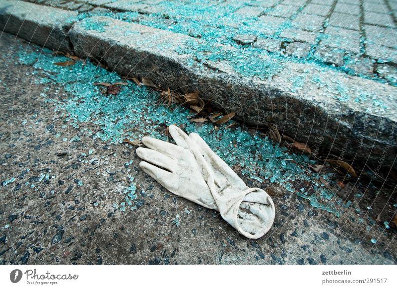 Noch mehr Scherben Ausflug Brandenburg Tourismus wallroth Winter Glas Glasscherbe Splitter Glassplitter Sicherheitsglas Windschutzscheibe zerschlagen kaputt