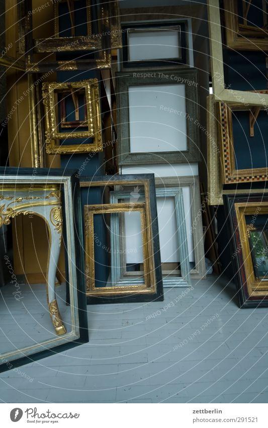 Bilderrahmen Rahmen Auswahl Holz Kunst Antiquität Flohmarkt Schmuck antik goldrahmen Kunstgalerie Museum Kunstmarkt