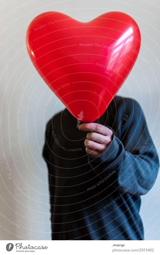 Ich schenk dir mein Herz maskulin Mann Erwachsene Oberkörper 1 Mensch Pullover Luftballon Liebe Gefühle Verliebtheit Romantik Partnerschaft schenken