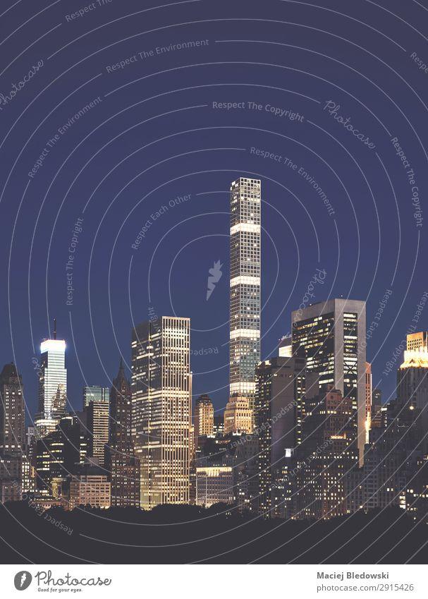 Manhattan Upper East Side in der Dämmerung, NYC. Lifestyle kaufen Reichtum elegant Geld Ferien & Urlaub & Reisen Sightseeing Städtereise Häusliches Leben