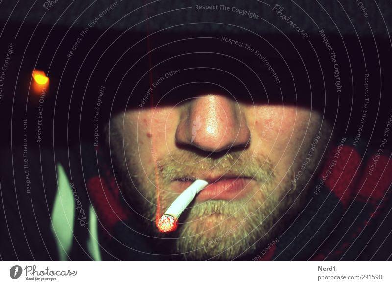 Ziggi Rauchen Mensch maskulin Nase Lippen Bart 1 30-45 Jahre Erwachsene Sucht Zigarette Glut Farbfoto Außenaufnahme Experiment Textfreiraum oben