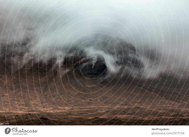 Isle of Skye im Nebel Ferien & Urlaub & Reisen Natur Pflanze Landschaft Ferne Berge u. Gebirge Umwelt Tourismus außergewöhnlich Freiheit Ausflug Regen wandern