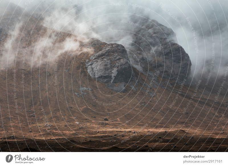 Isle of Skye in den Wolken Ferien & Urlaub & Reisen Natur Pflanze Landschaft Ferne Berge u. Gebirge Umwelt Frühling Tourismus Freiheit Felsen Ausflug wandern