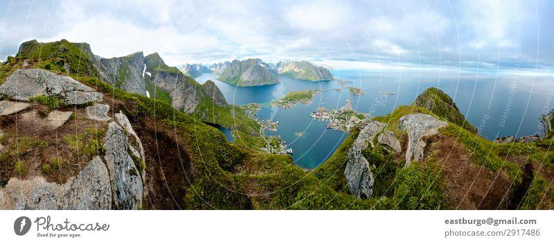 Ein Panoramablick von der Insel Lofoten, Norwegen schön Ferien & Urlaub & Reisen Meer Berge u. Gebirge Natur Landschaft Wolken Stadt Brücke blau grün