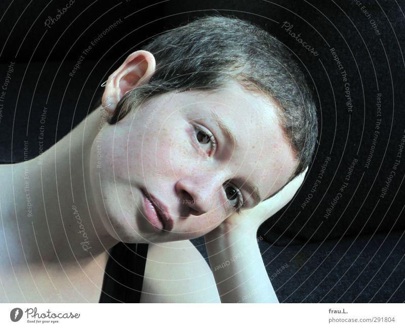 zart Mensch Kind Jugendliche schön ruhig Gesicht Junge Frau feminin Traurigkeit träumen natürlich authentisch 13-18 Jahre einzigartig brünett