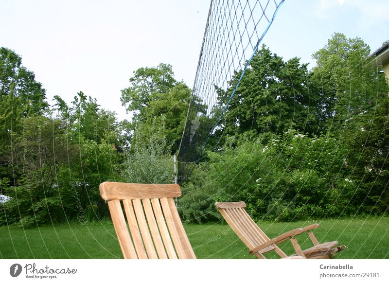 Volleyrastplatz Erholung Garten liegen Liegestuhl Liegewiese Volleyballnetz