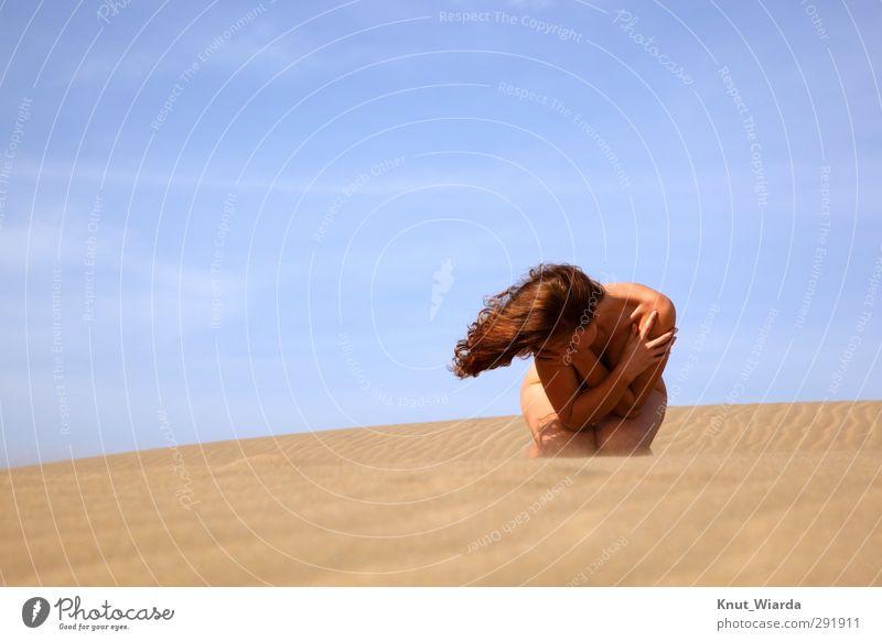 Wind, sun, sky and hair Mensch Frau Himmel Jugendliche Ferien & Urlaub & Reisen schön Sommer Hand Sonne Landschaft Strand Junge Frau Erwachsene Erotik feminin
