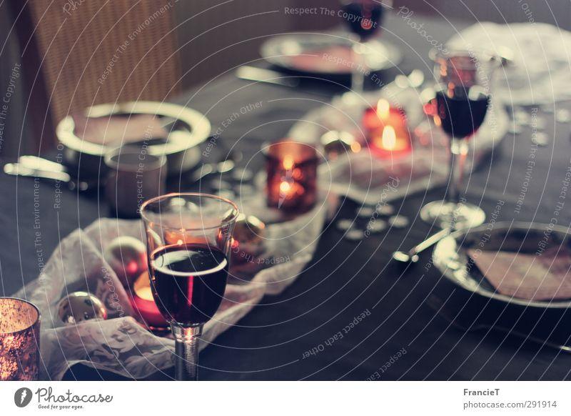 Festmahl Weihnachten & Advent Wärme Essen Stil Stimmung Zusammensein glänzend Glas Zufriedenheit elegant Dekoration & Verzierung Tisch Getränk Stuhl Wein lecker