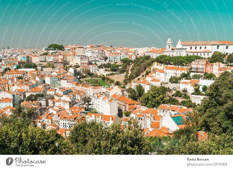 Luftaufnahme der Lissaboner Stadt Dächer in Portugal Fluggerät Aussicht Europa Vientiane Panorama (Bildformat) Skyline alt Tourismus Architektur Straße