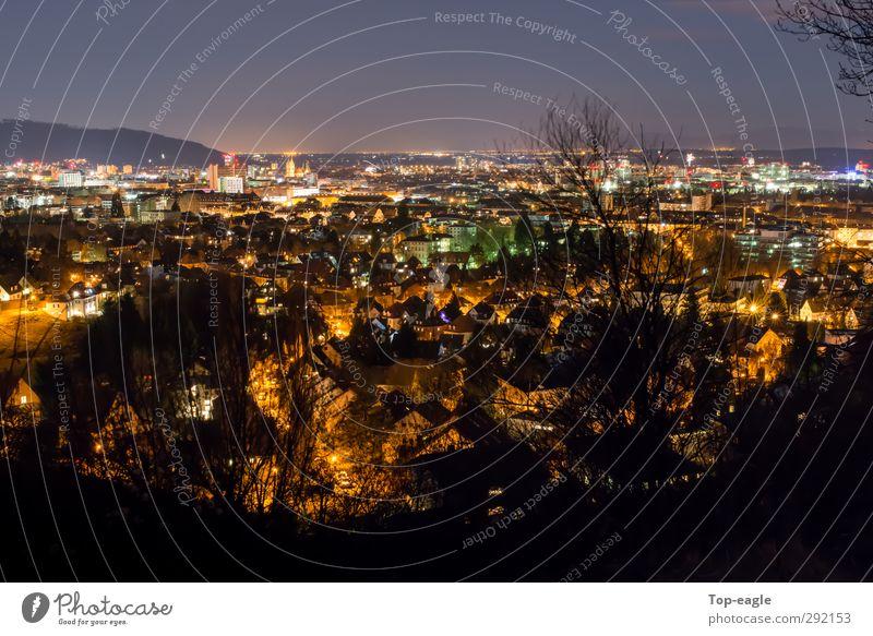 Lava Lifestyle Nachtleben Nachthimmel Freiburg im Breisgau Stadt Stadtrand Altstadt Haus leuchten Stimmung Lichtermeer Farbfoto Außenaufnahme Langzeitbelichtung