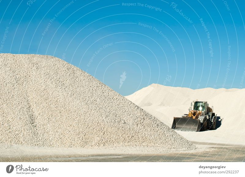 Himmel Natur blau weiß Landschaft Berge u. Gebirge Stein Felsen Verkehr Beton Industrie Bank Material Fahrzeug ökologisch Maschine