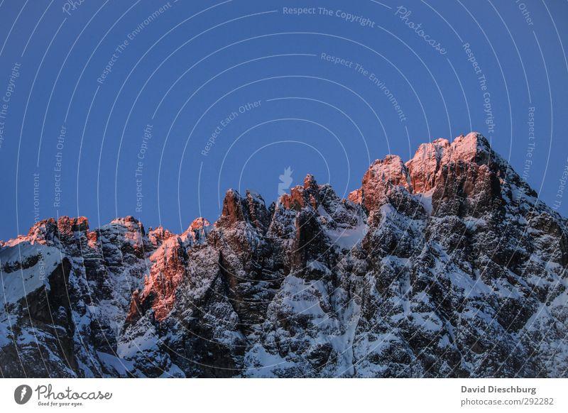Bergglühen Natur Landschaft Wolkenloser Himmel Winter Schönes Wetter Eis Frost Schnee Felsen Alpen Berge u. Gebirge Gipfel Schneebedeckte Gipfel Gletscher blau