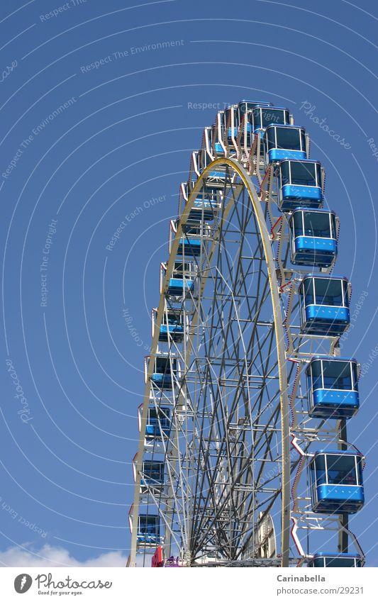riesenrad 3 blau Freizeit & Hobby Riesenrad Hochformat Führerhaus