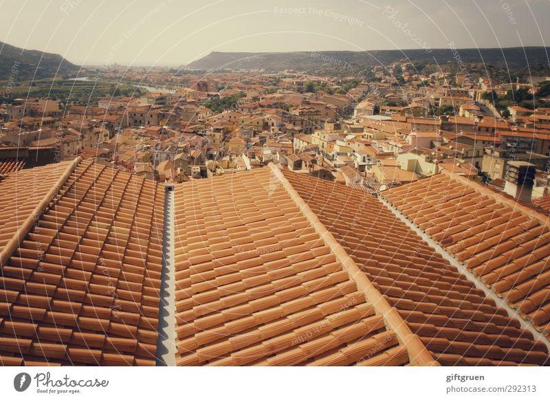 alte häuser | massenhaft Dorf Fischerdorf Kleinstadt Stadtzentrum Altstadt Haus Bauwerk Gebäude Architektur Dach historisch Sardinien Italien Dachfirst