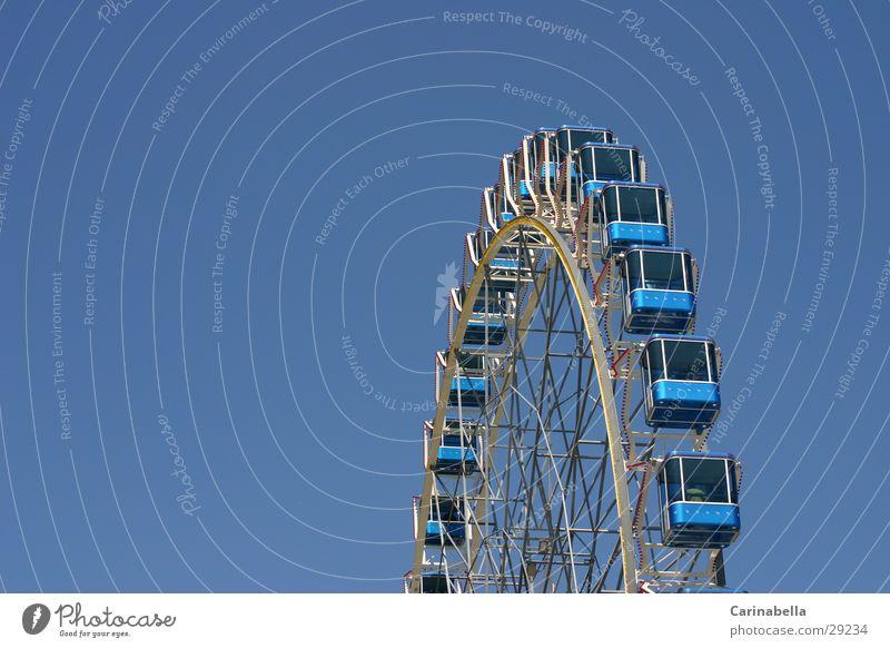 Riesenrad Vergnügungspark Freizeit & Hobby Himmel Führerhaus blau Fun