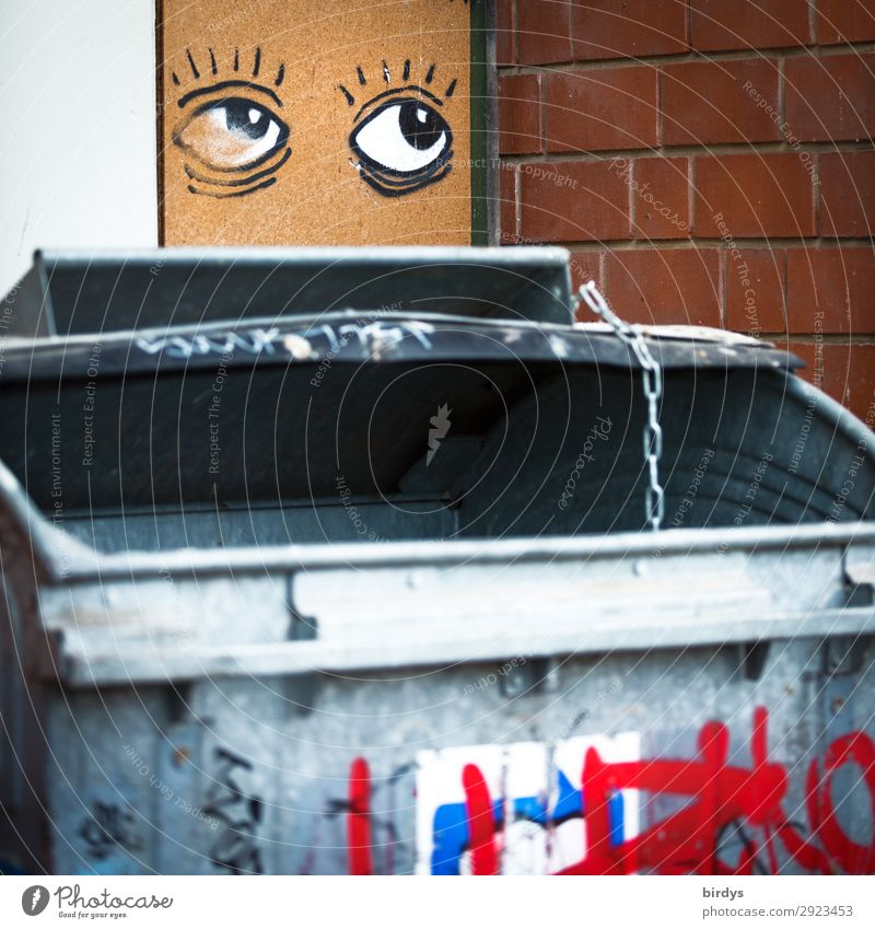 Große Klappe, Müllschlucker Müllbehälter 1 Mensch Mauer Wand Müllentsorgung Hausmüll Graffiti Auge Blick authentisch außergewöhnlich lustig Neugier gefräßig