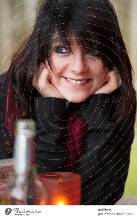 500 | Freude Mensch feminin Junge Frau Jugendliche Leben 1 Lächeln lachen schön natürlich Lebensfreude Freundlichkeit Farbfoto Innenaufnahme Tag Licht