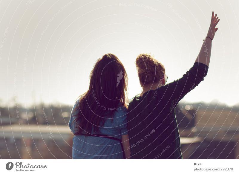 Traumflieger. Mensch Jugendliche Ferien & Urlaub & Reisen Sommer ruhig Junge Frau Erwachsene Ferne Leben feminin Haare & Frisuren Freiheit 18-30 Jahre Freundschaft träumen Horizont