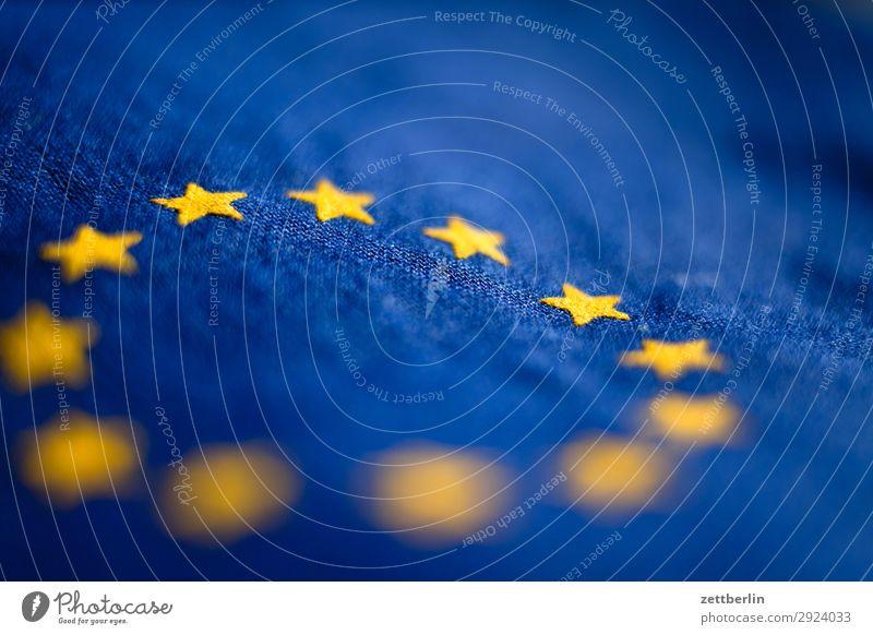Zwölf Sterne Baumwolle blau Design Euro Europa Europafahne Fahne Falte gelb Stoff gold Kreis Stern (Symbol) Symbole & Metaphern Textilien Wahrzeichen exit