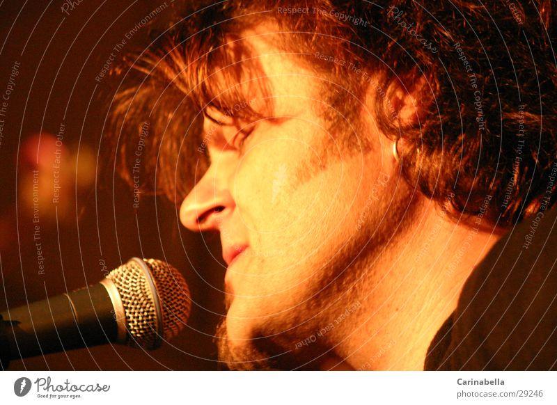 Büne Huber Porträt Ballade Rockmusik Konzert Musik Solokonzert