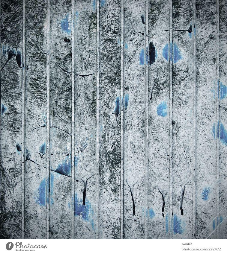 Delirium Kunst Kunstwerk Gemälde Kunststoff toben trashig blau chaotisch Desaster Irritation Abnutzung wetterfest Zahn der Zeit Textfreiraum Farbstoff