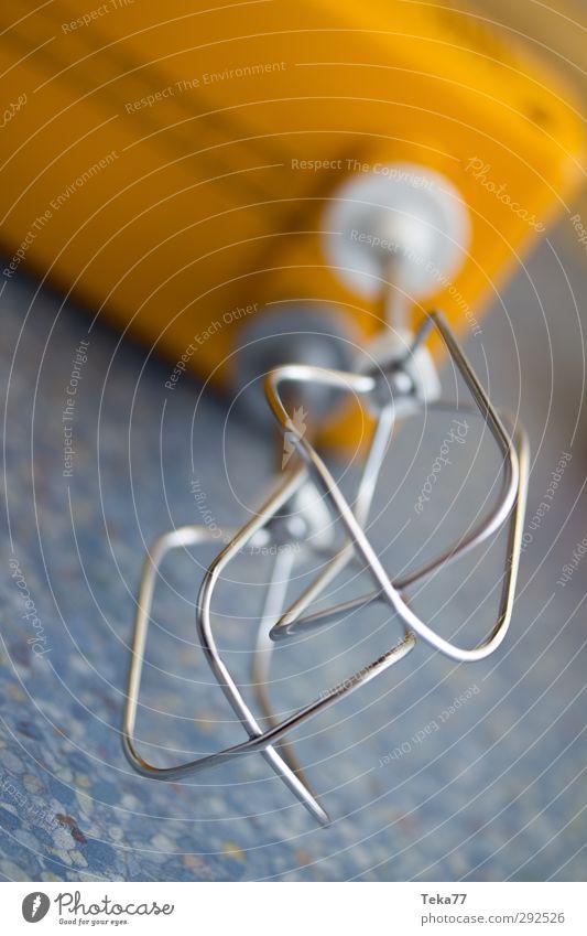 Industrielle Revolution Dessert Süßwaren Werkzeug Maschine Technik & Technologie Fortschritt Zukunft ästhetisch Geschwindigkeit blau gelb Rührbesen Küche
