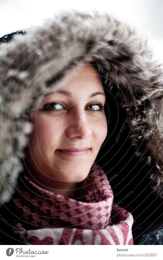 Inuit-Style Lifestyle Stil Winter Winterurlaub Mensch feminin Junge Frau Jugendliche Erwachsene Leben Kopf Gesicht Auge Ohr Nase Augenbraue 1 18-30 Jahre Mode
