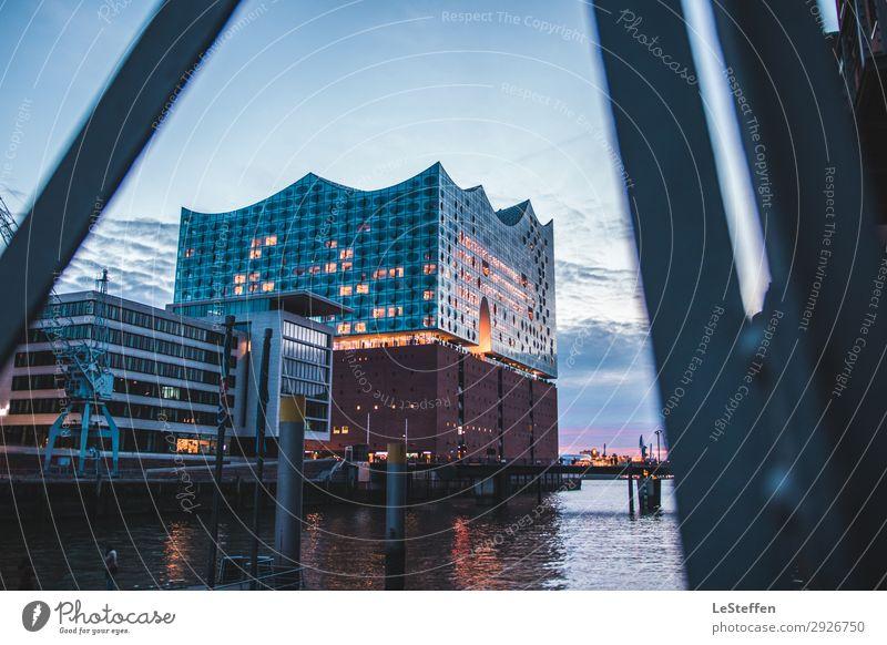 Elbphilharmonie Sunset Himmel blau Stadt Wasser rot Haus Architektur kalt Stil Kunst orange Fassade Design modern träumen Glas