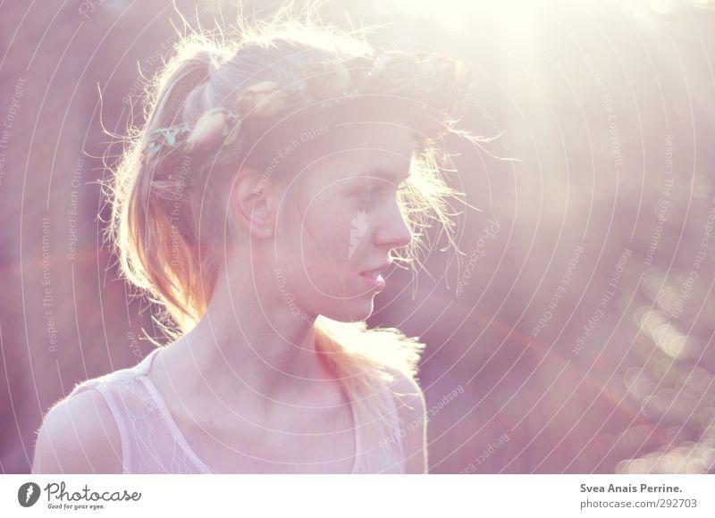 sonnen freude. feminin Junge Frau Jugendliche Haare & Frisuren Gesicht 1 Mensch 18-30 Jahre Erwachsene Umwelt Natur Frühling Sommer Schönes Wetter Blume Blatt