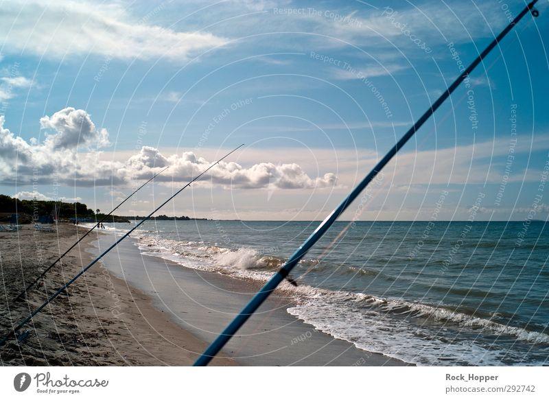 Angeln im Meer Himmel blau Ferien & Urlaub & Reisen Wasser weiß Wolken Strand Ferne Herbst Küste Sand braun Horizont Wellen Insel
