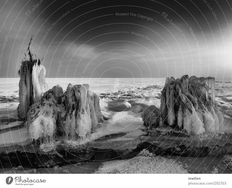 monuments Himmel Natur weiß Baum Wolken Winter Landschaft schwarz Küste Erde Horizont Schönes Wetter Urelemente Ostsee Eisfläche