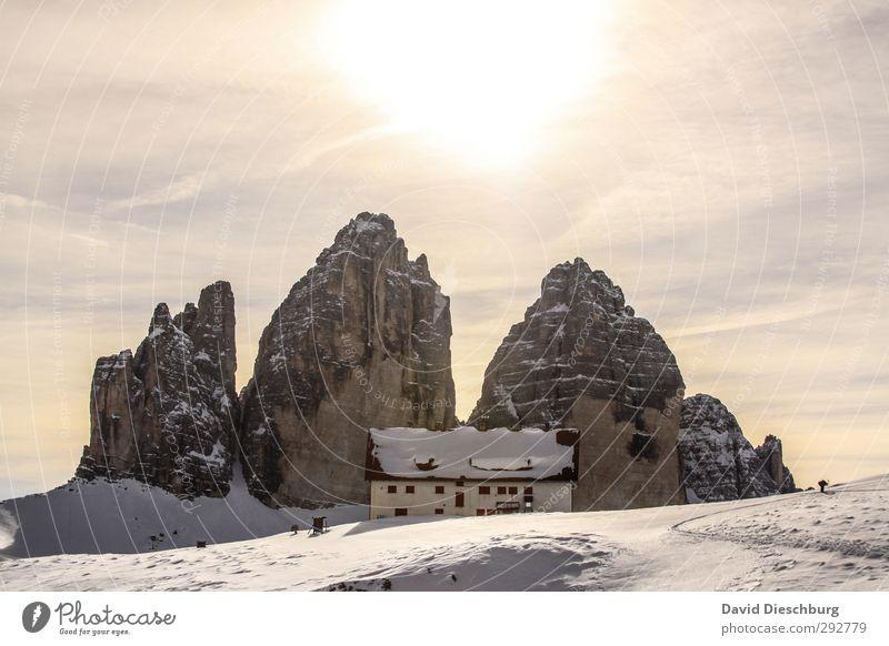 Drei-Zinnen-Hüte Himmel blau Ferien & Urlaub & Reisen weiß Wolken Landschaft Winter schwarz gelb Ferne Berge u. Gebirge Schnee braun Felsen Eis wandern