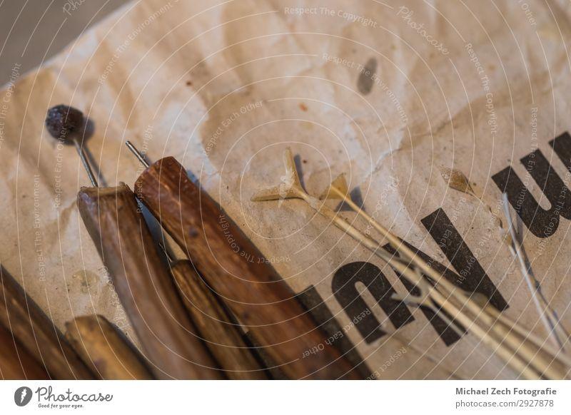 verschiedene Werkzeuge für handbemalte Ostereier mit Wachs Design schön Basteln Dekoration & Verzierung Feste & Feiern Ostern Handwerk Kunst Kultur Frühling