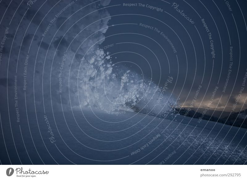 Lawine Natur Ferien & Urlaub & Reisen Landschaft Winter dunkel Berge u. Gebirge Schnee Schneefall Angst Geschwindigkeit Klima bedrohlich Abenteuer Alpen