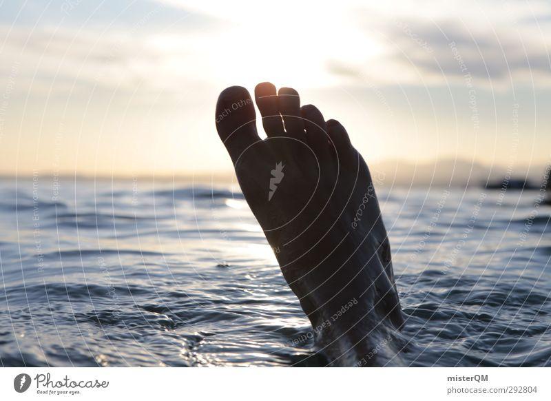 Eisfuß voraus! Wasser Sommer Freude Freiheit See Schwimmen & Baden Fuß Kunst ästhetisch Jugendkultur Sommerurlaub Erfrischung Wasseroberfläche Leichtigkeit