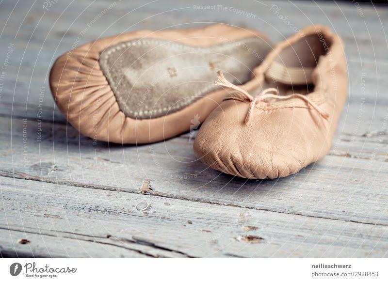 Ballettschuhe Fitness Sport-Training Tanzen Tanzveranstaltung Balletttänzer Bekleidung Schuhe Tanzschule Schläppchen Holz retro Bewegung Freizeit & Hobby