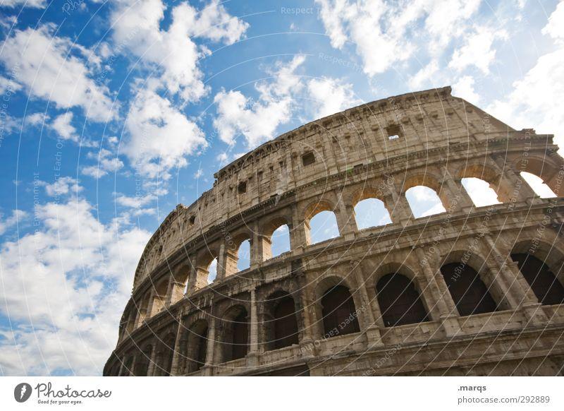 Rom Kultur Himmel Wolken Sommer Schönes Wetter Italien Bauwerk Sehenswürdigkeit Wahrzeichen Kolosseum alt historisch schön Perspektive Weltreise Farbfoto