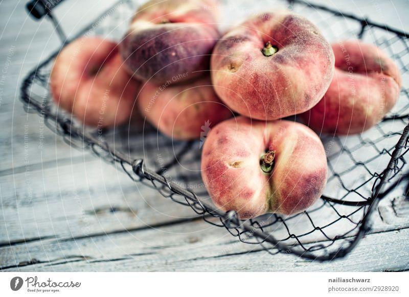Pfirsiche Gesunde Ernährung nackt Sommer schwarz Gesundheit Lebensmittel Lifestyle gelb natürlich grau Frucht süß genießen lecker Bioprodukte