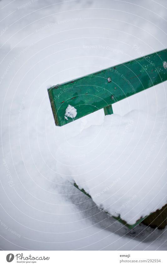 Bank = Sitzgelegenheit Umwelt Natur Winter Schnee Park kalt weiß Farbfoto Außenaufnahme Menschenleer Textfreiraum oben Tag